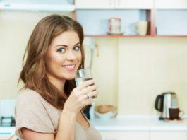 Ученые говорят, что вы 100% пьете воду не в то время! Вот когда надо!
