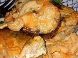 Эта скумбрия, запеченная в горчичном соусе буквально тает во рту! Приготовить очень просто!